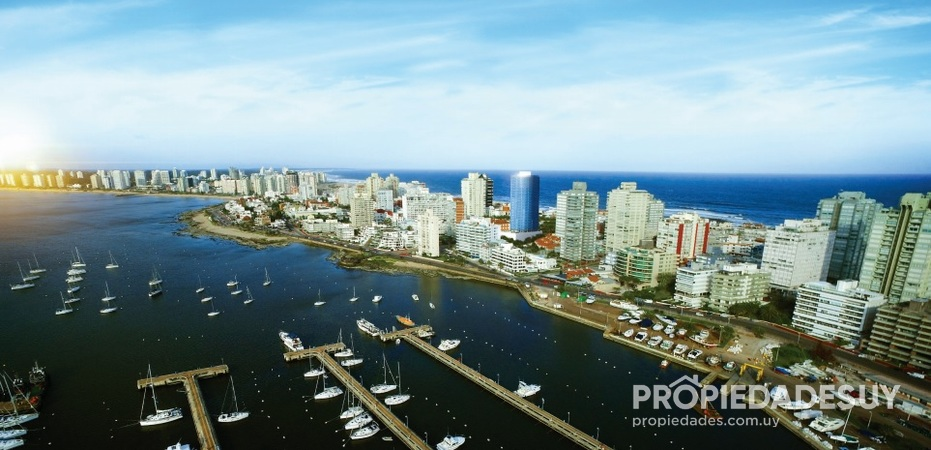 World Trade Center - Punta del Este en Peninsula 8030 4 grande