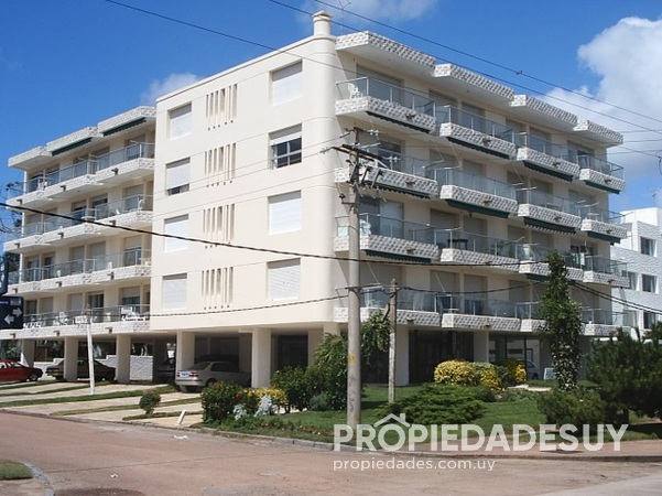 Edificio Kingston Hill en Mansa 3589 4 grande